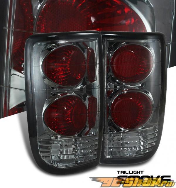 Задние фонари на Chevrolet Blazer 95-04 ALTEZZA Тёмный