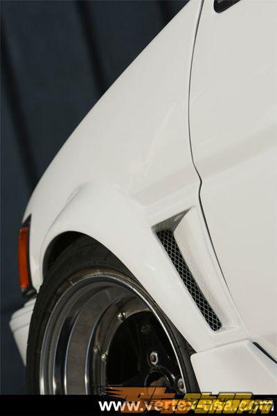 Крылья Vertex на Toyota Corolla AE86 Trueno 84-87